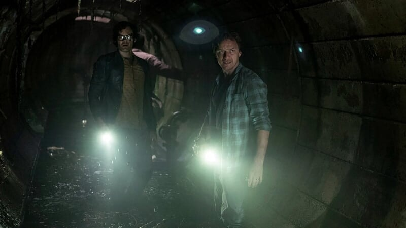 IT_Chapter_Two_photo3